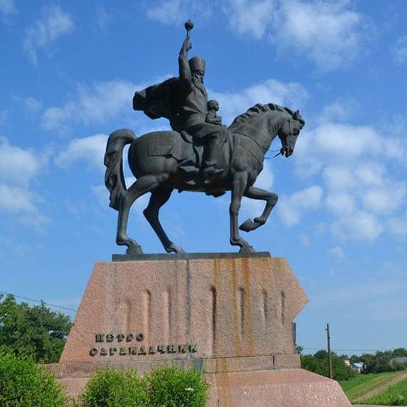 Памятник Петру Сагайдачному