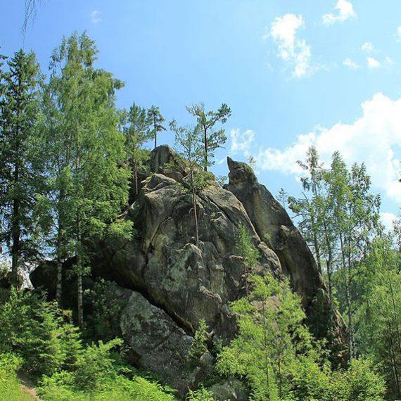 Терношорське скельне святилище в Карпатах
