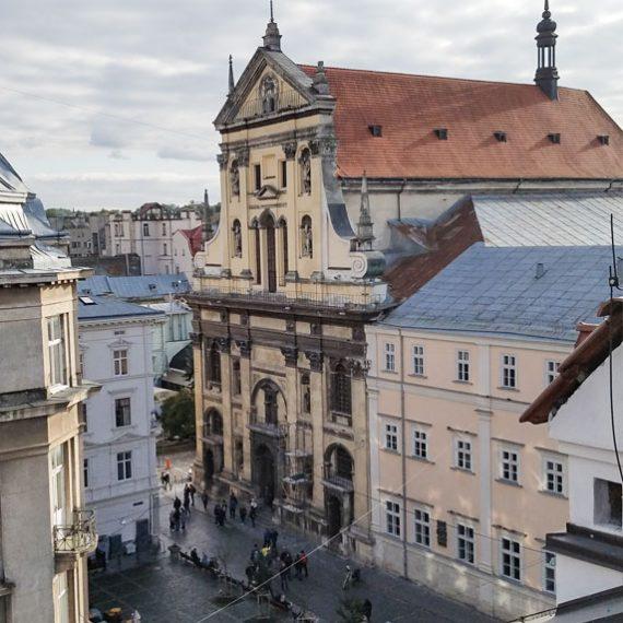 Гарнізонна церква Петра і Павла у Львові