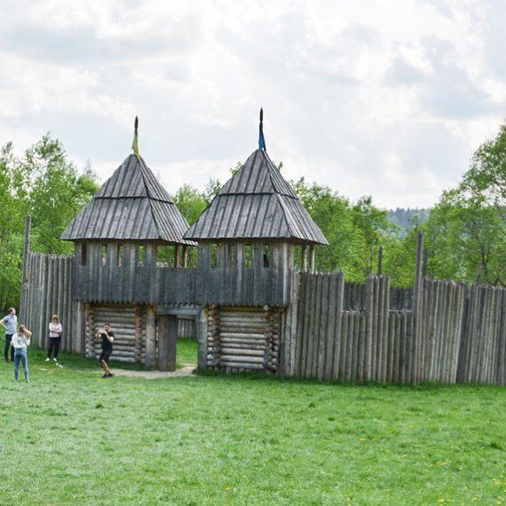 Крепость Тустань в Карпатах