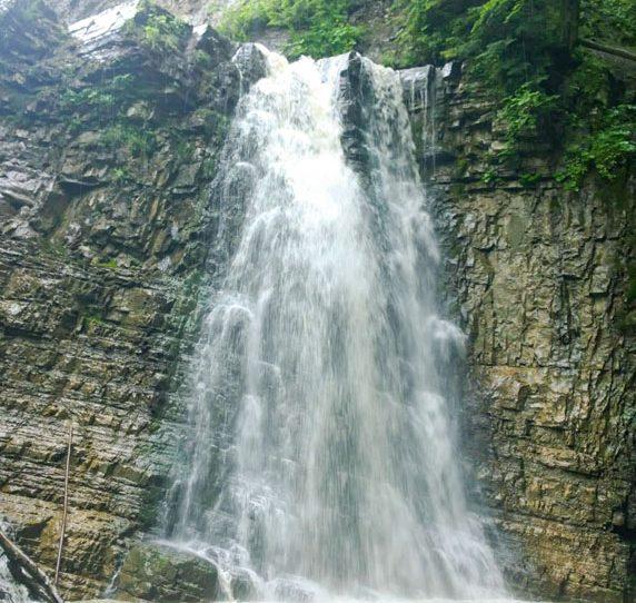 Манявский водопад в Карпатах